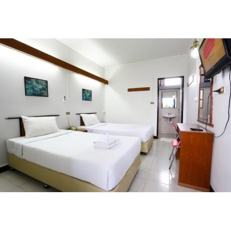ห้องแอร์มาตรฐานเตียงแฝด (Standard Twin Bed Room with Air Conditioner)